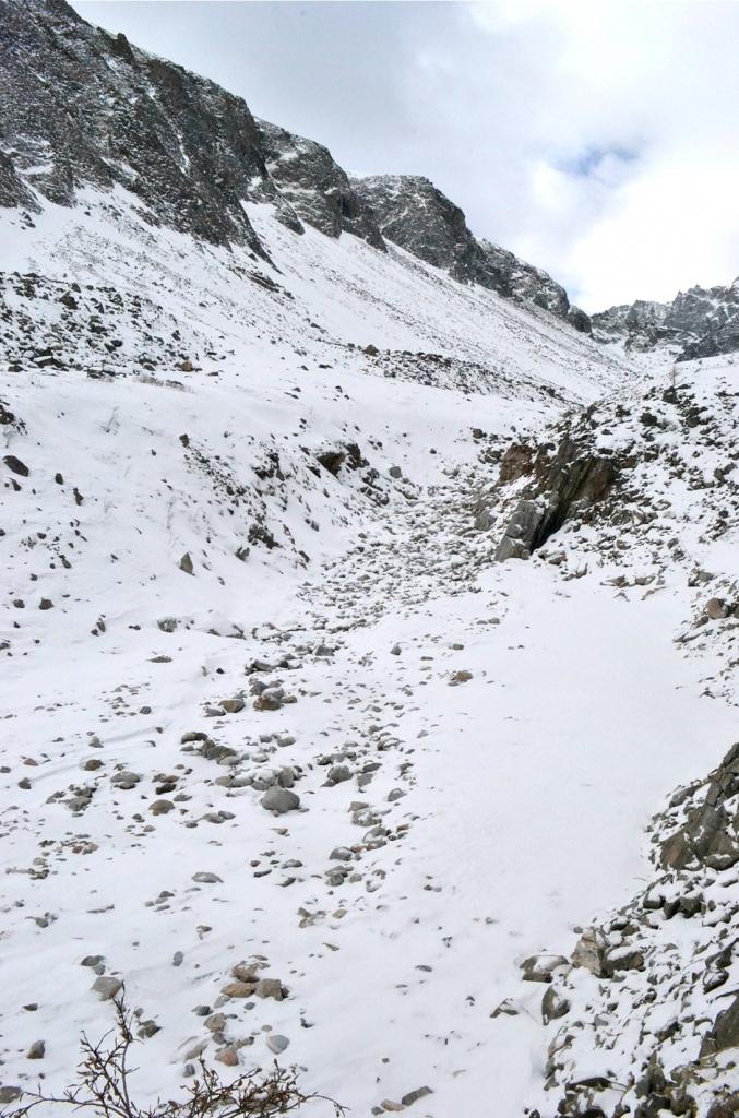 Фото наледи Мугувека в начале зимы